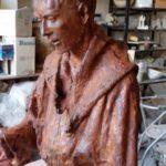 Realizzazione della statua di San Francesco e il lupo per i giardini di Carbonana.